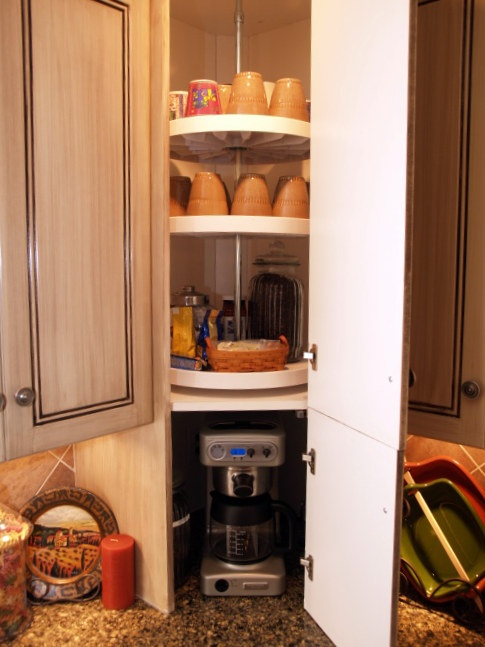 How to Organize Corner Cabinets